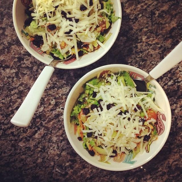 receita, gourmetice, salada, alface, mel, parmesao, passas