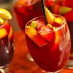 Dia dos Namorados: Drinks Fáceis e Rápidos pra Impressionar