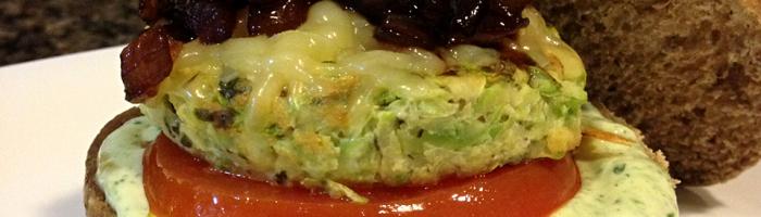 receita, gourmetice, hambúrguer, abobrinha, cebola caramelizada, maionese verde