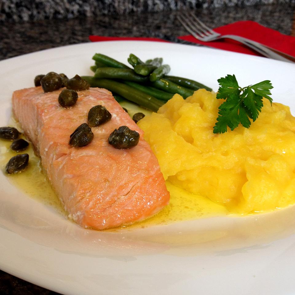receita, gourmetice, dia dos namorados, salmão, manteiga, alcaparras, purê, mandioquinha, batata baroa, vagem holandesa, vapor