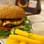 "Review: POA Burger Fest: o ""Alegrete"", da Mark Hamburgueria"