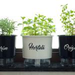 Os vasos autoirrigáveis da Linha Gourmet da Plantei