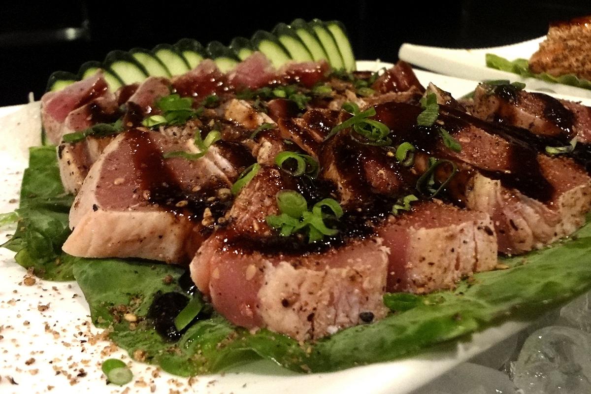 review, gourmetice, takêdo, porto alegre, poa, restaurante, culinária japonesa, japonês, sushi, cubo, atum, molho, tarê, cebolinha