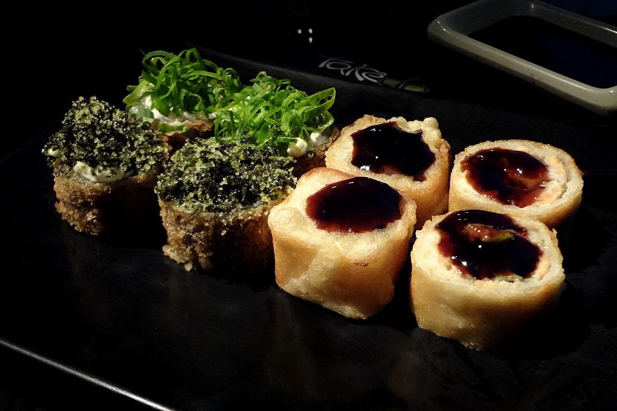 review, gourmetice, takêdo, porto alegre, poa, restaurante, culinária japonesa, japonês, sushi, hot sushi, filadélfia, shake couve, yka, furacão, panko, cream cheese, molho, tarê