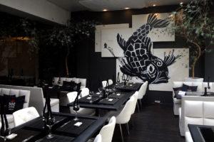 review, gourmetice, takêdo, porto alegre, poa, restaurante, culinária japonesa, japonês, sushi, salão, mesas, peixe