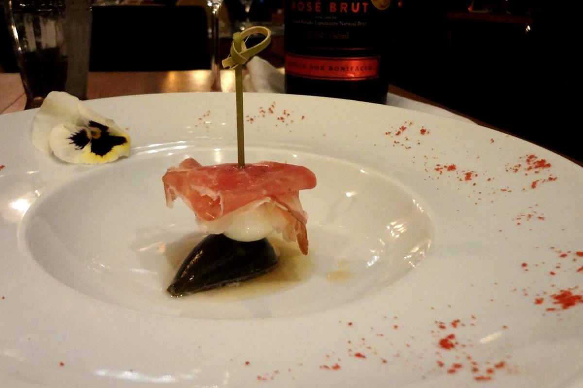 review, gourmetice, 103 retro lounge, restaurante, cozinha contemporânea, porto alegre, poa, espetinho, figo, muçarela de búfala, mozzarela, presunto, parma