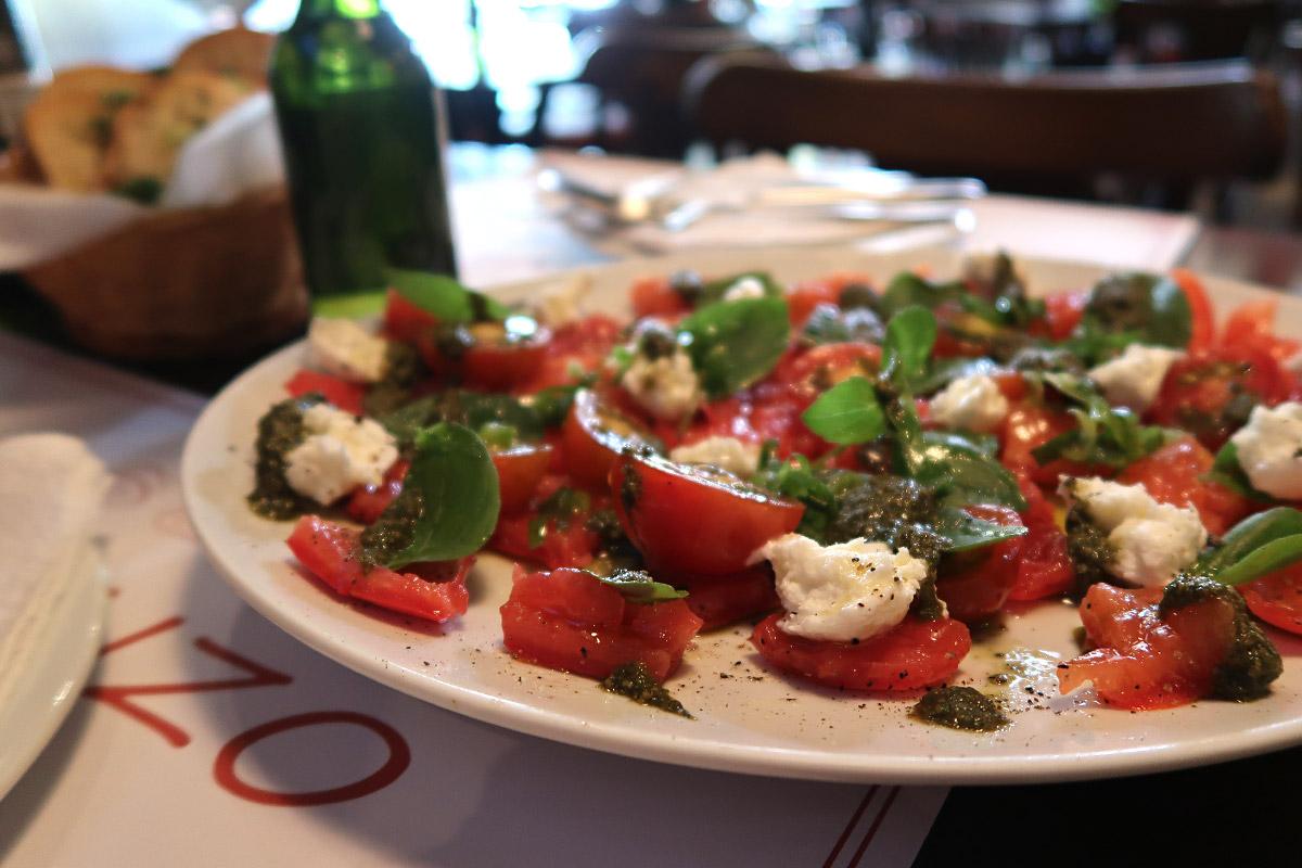 review, gourmetice, vincenzo, spaghetteria, restaurante, italiano, porto alegre, poa, bom fim, salada, insalata, caprese