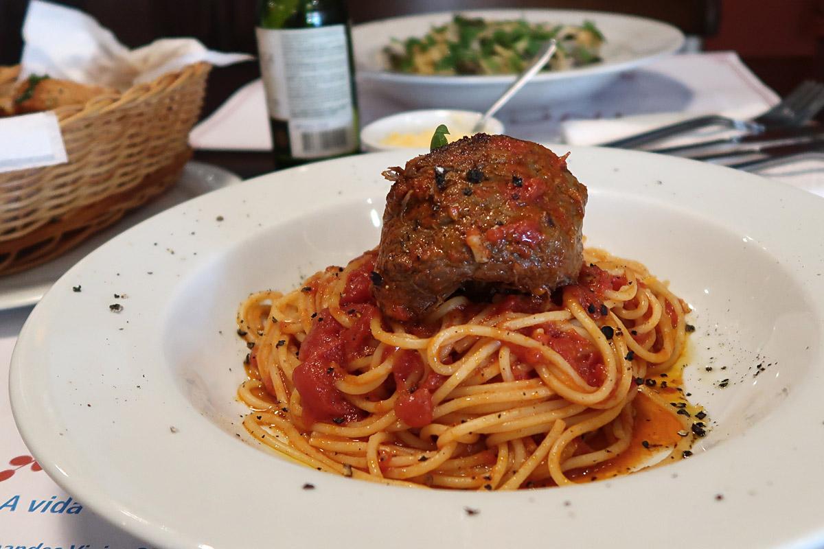 review, gourmetice, vincenzo, spaghetteria, restaurante, italiano, porto alegre, poa, bom fim, spaghetti, massa, pasta, braciole, braciola, carne