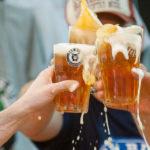 Cerveja, batalha de hambúrguer, música e solidariedade no aniversário da cervejaria Fat Bull